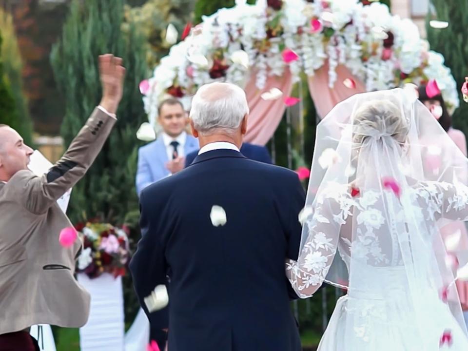Оператор-выездной-свадебной-царемонии